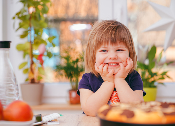 Crescere insieme a tavola, idee per introdurre l'educazione alimentare
